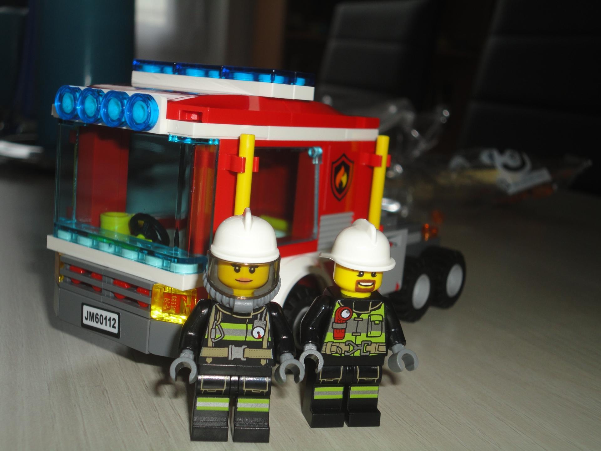 camion échelle pompier occasion
